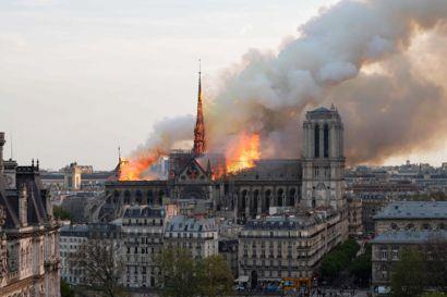 Det så voldsomt ud, da Notre Dame-katedralen brød i brand i den franske hovedstad i april 2019 (Arkivfoto).