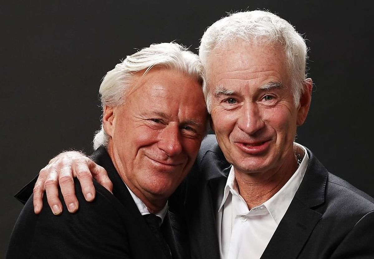 Det er ikke til at se at de to aldrene herrer engang var dødsfjender på tennisbanen.