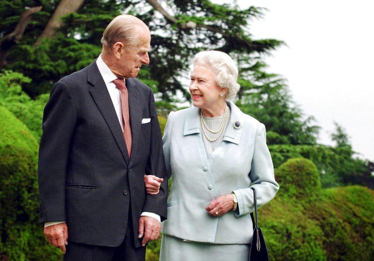 Ifølge prins Harry var hans bedsteforældre smaskforelskede og et par med et utroligt bånd imellem sig.