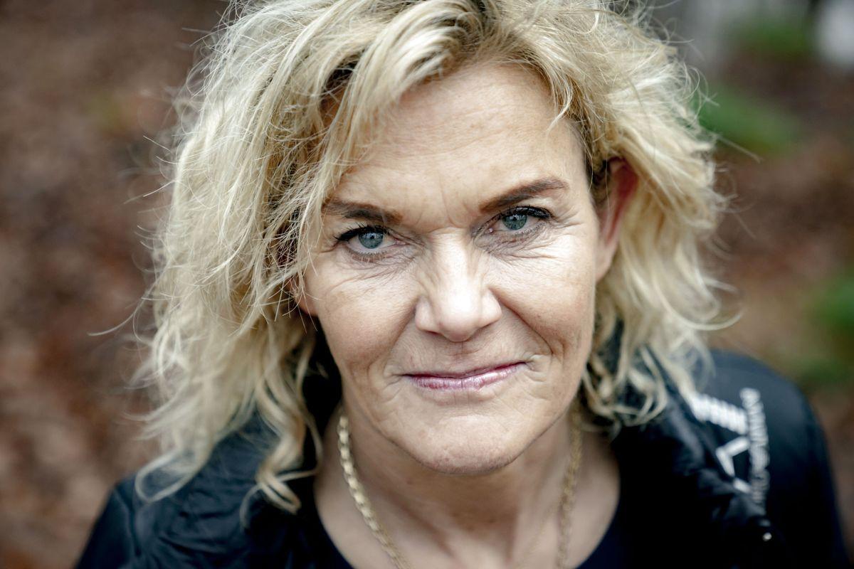 Den 54-årige TV-læge Charlotte Bøving har fået en bule på størrelse med et hønseæg efter fald.