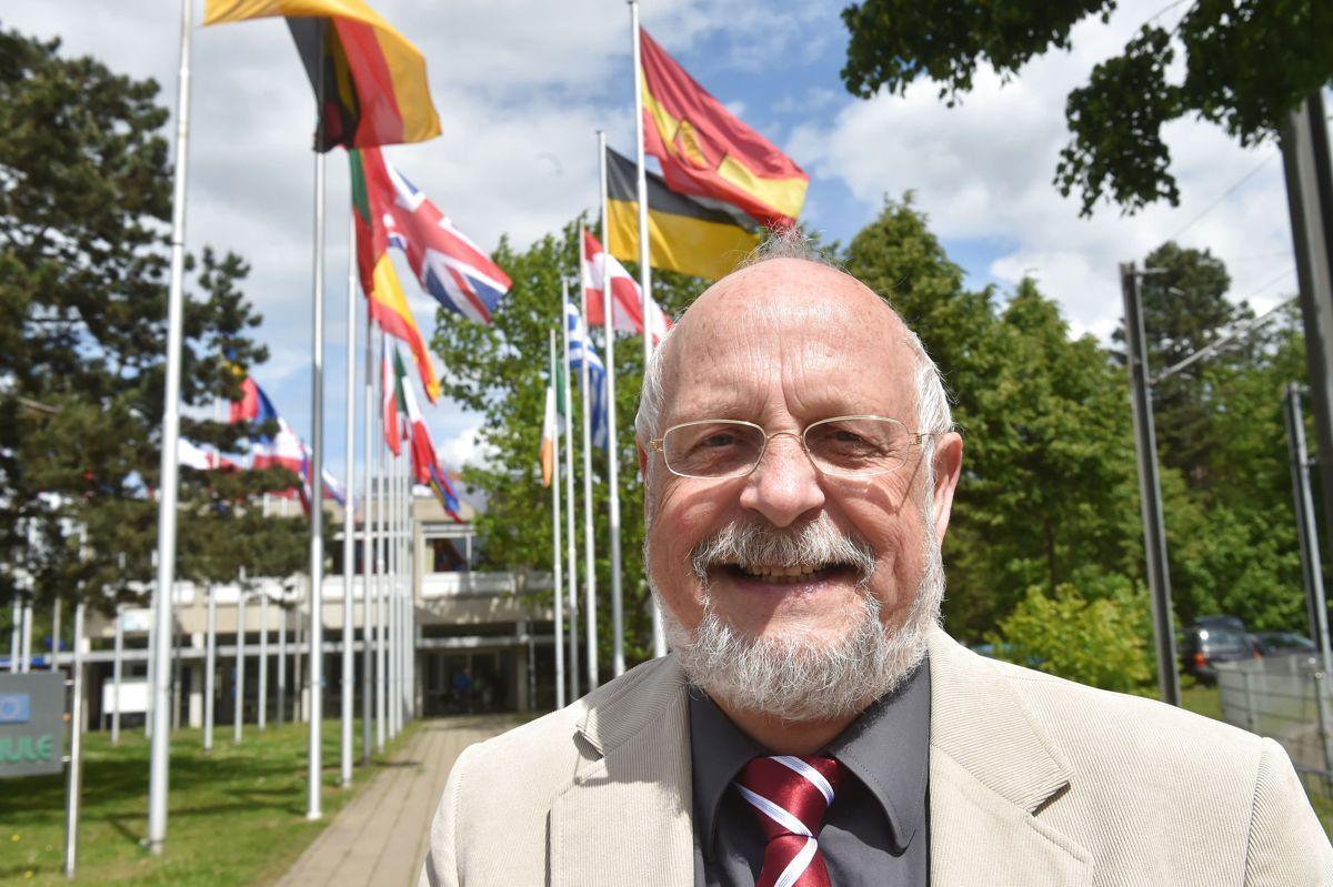Tom Høyem var grønlandsminister fra 1982 til 1987 i Firkløverregeringen, og senere blev han lokalpolitiker i Karlsruhe i Tyskland. Han har også været forretningsmand med blandt andet hundefoder og hi-fi. (Arkivfoto)