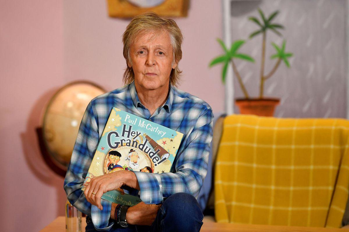 """Paul McCartney i 2019, da hans bog """"Hey Grandude!' blev udgivet. Han har en ny bog på trapperne."""