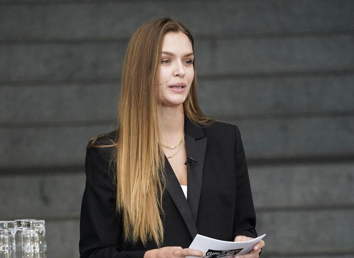 Supermodellen Josephine Skriver.