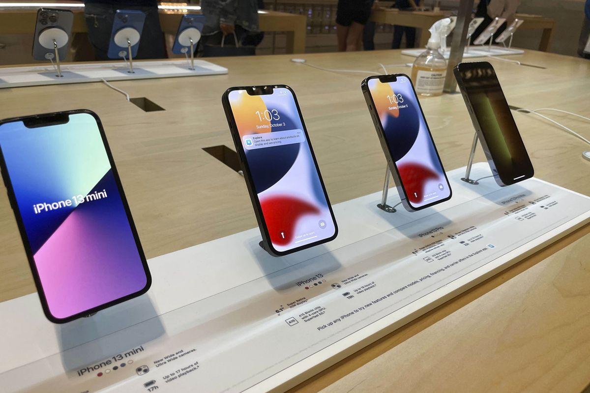 Apple må se i øjnene, at det ikke kan producere lige så mange iPhones, som techgiganten plejer. (Arkivfoto)