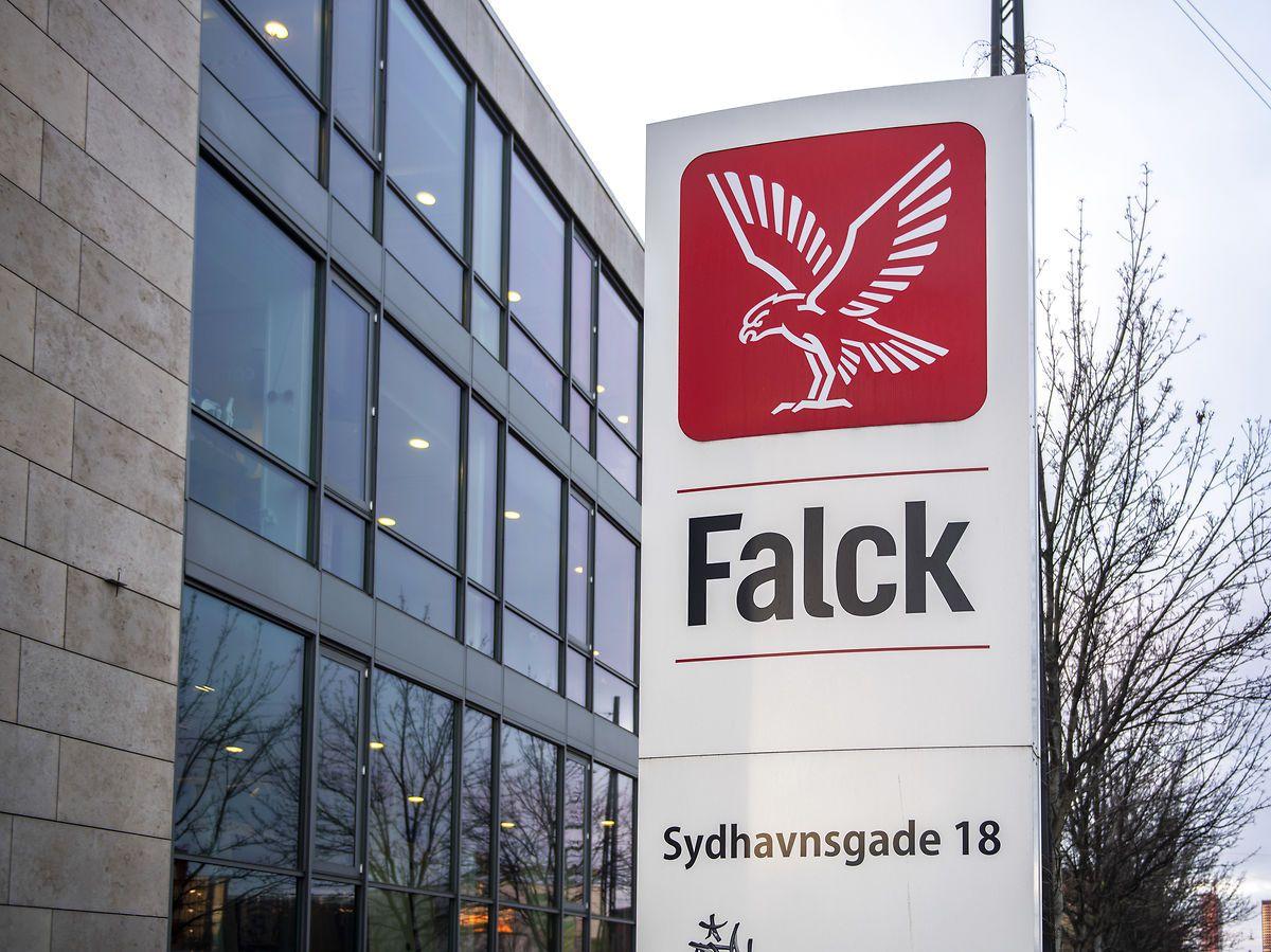 Lyntest sender Falcks overskud i vejret med 62 procent