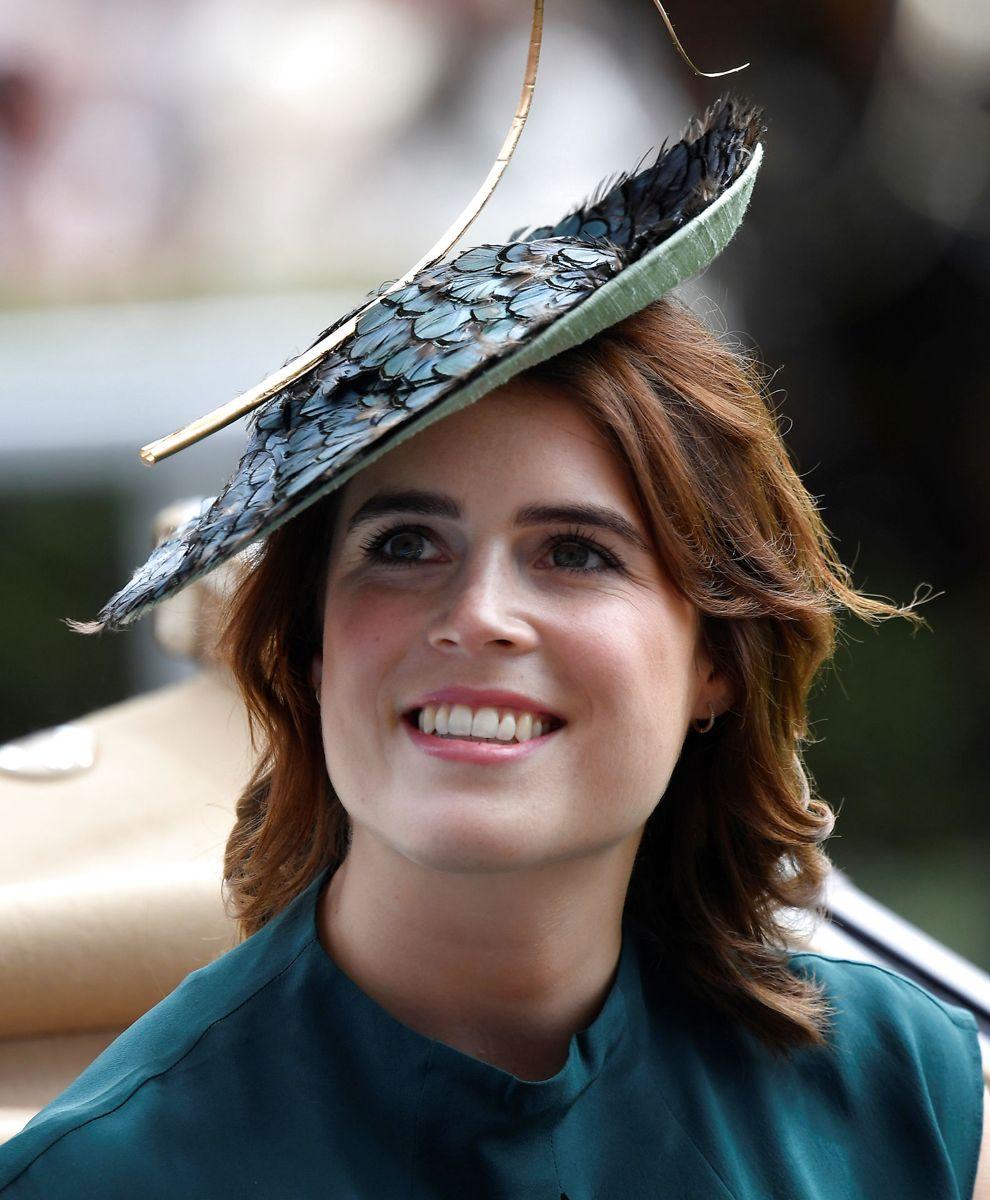 Prinsesse Eugenie blev gift den 12. oktober 2018 med Jack Brooksbank. Prinsessen er datter af Prins Andrew og Hertuginde Sarah.