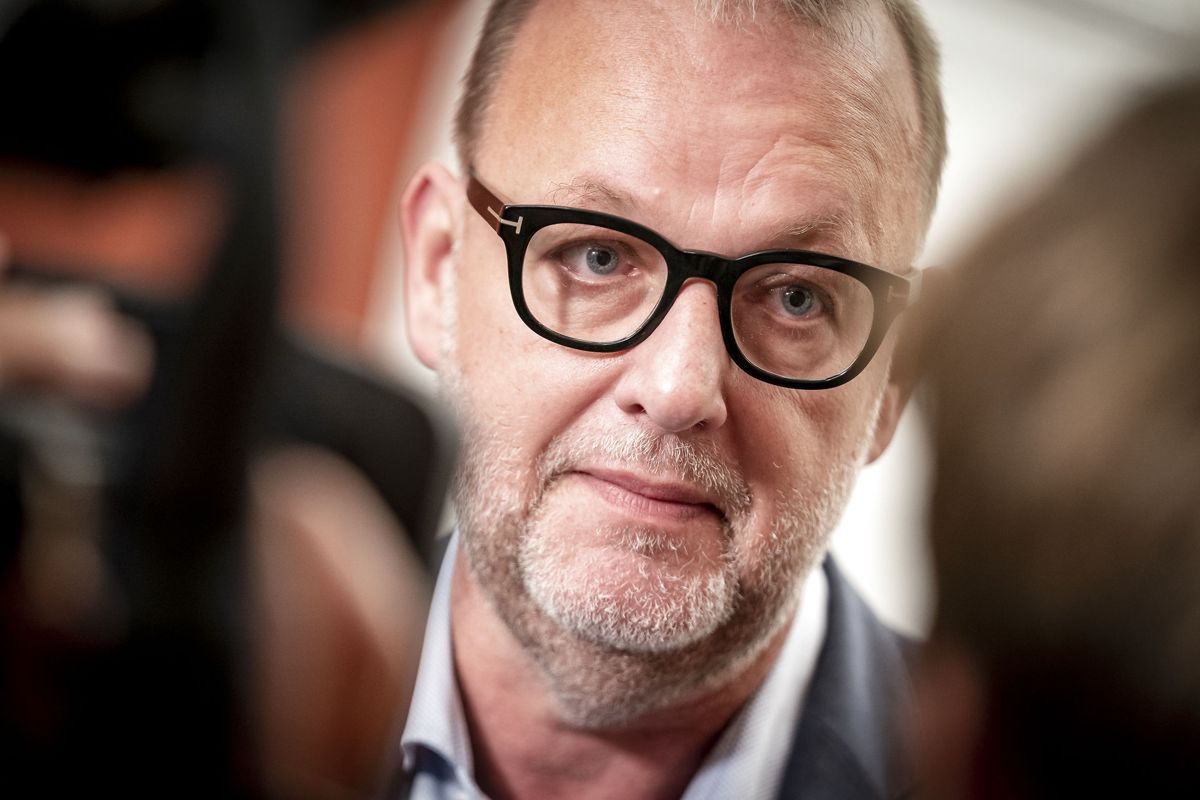 Lars Christian Lilleholt er netop blevet opereret.