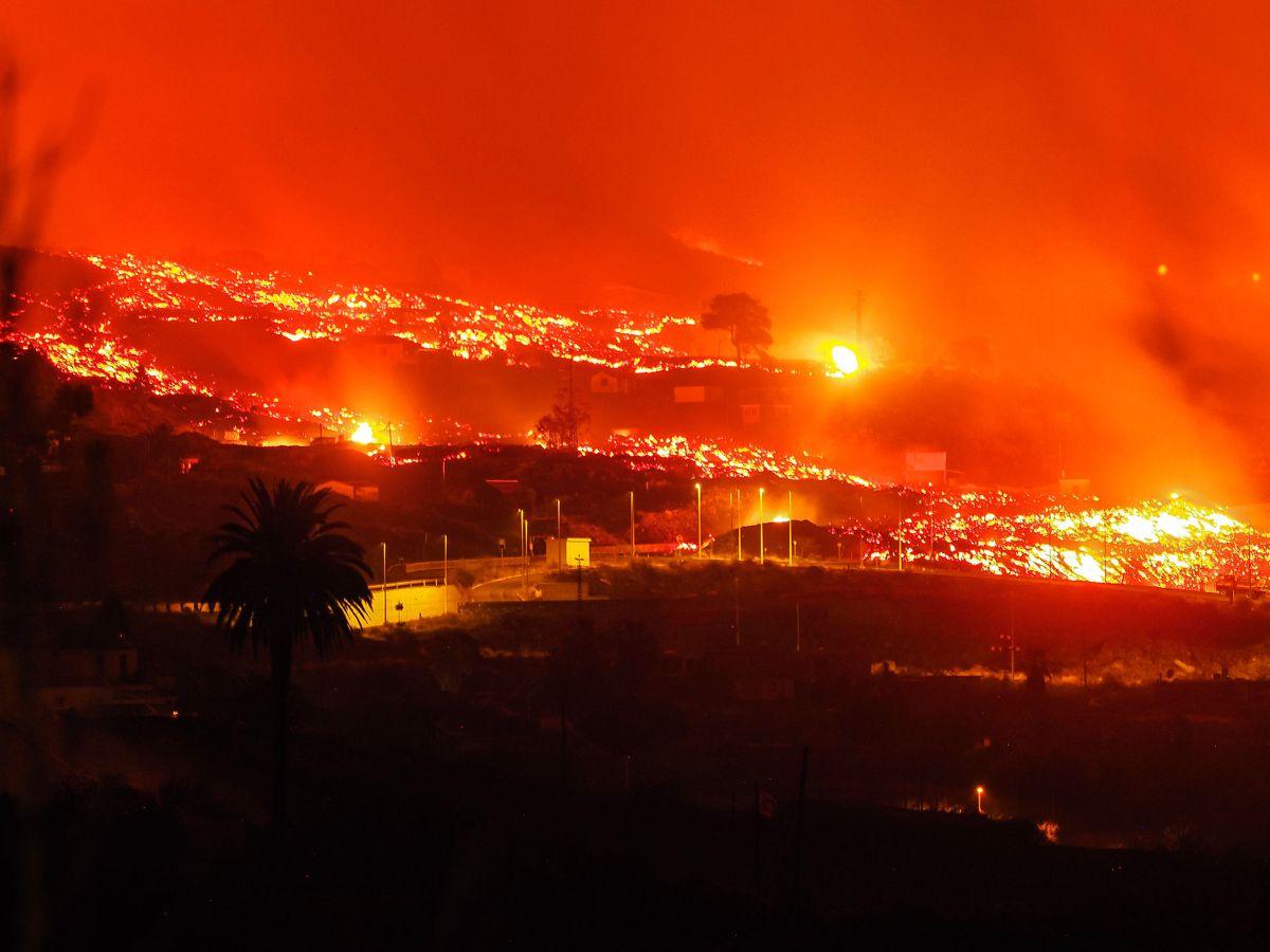 Vulkan udbruddet på den spanske ferieø er voldsomt.