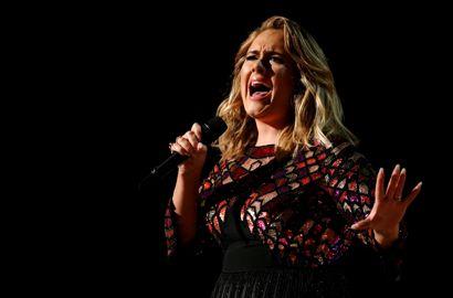 Adele udgiver nyt album med lyden af sit angstanfald.